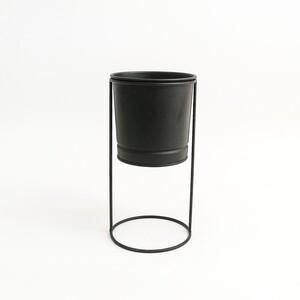 Fidan Burada - Ayaklı Saksı Siyah Renk 13 cm