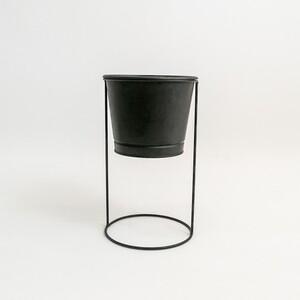 Fidan Burada - Ayaklı Saksı Siyah Renk 16 cm